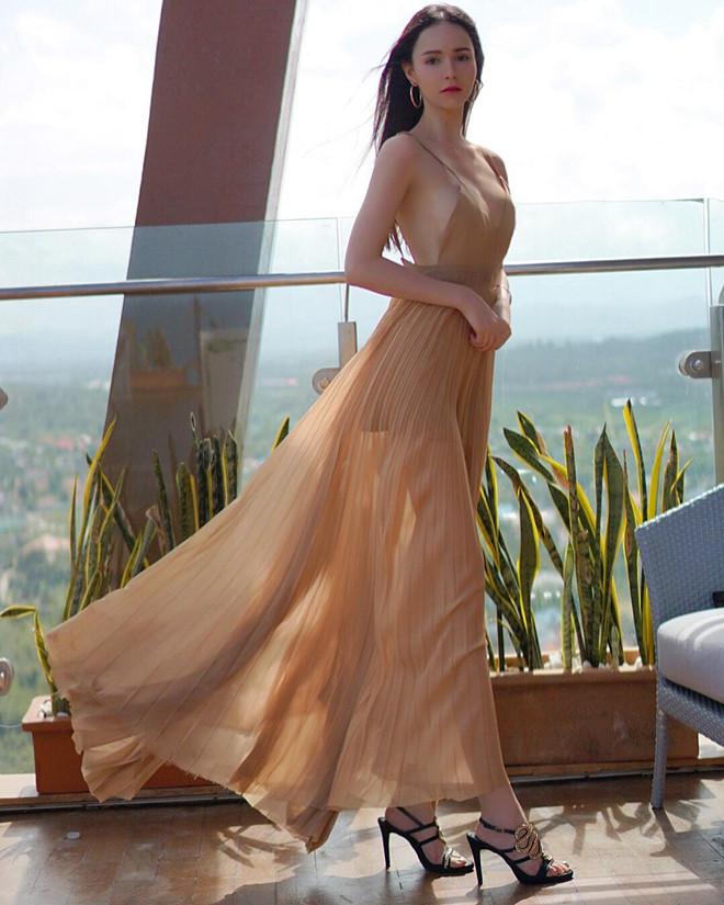 Vẻ đẹp như búp bê của mỹ nhân Thái lai Tây sắp đến Việt Nam - Hình 8