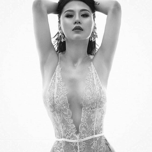 Sống chung nhà sau ly hôn, DJ Tiên Moon gợi cảm thế này, Vũ Duy Khánh có xao lòng? - Hình 17