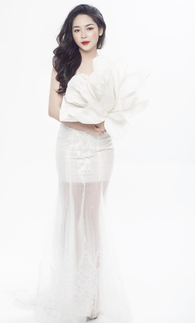 Sau 4 năm thay đổi diện mạo, đây là cuộc sống mơ ước của hot girl Vũ Thanh Quỳnh - Hình 7