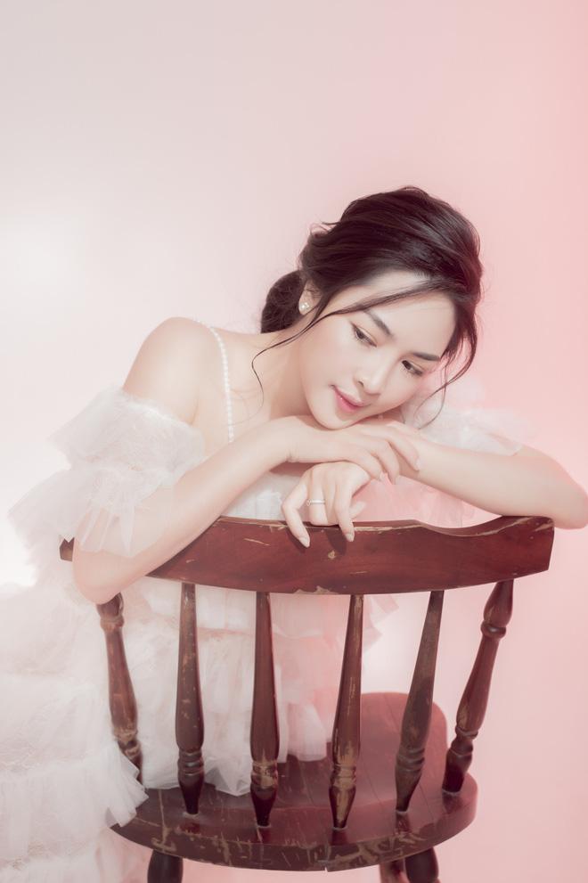 Sau 4 năm thay đổi diện mạo, đây là cuộc sống mơ ước của hot girl Vũ Thanh Quỳnh - Hình 5