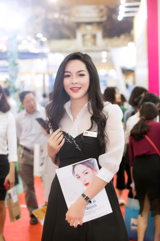 Sau 4 năm thay đổi diện mạo, đây là cuộc sống mơ ước của hot girl Vũ Thanh Quỳnh - Hình 9