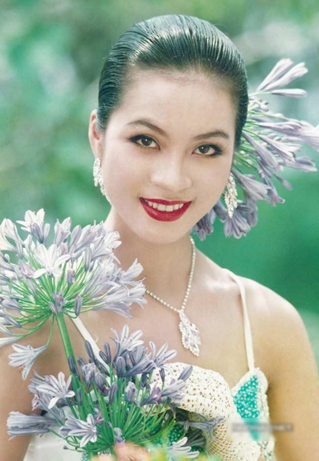 5 nữ hoàng ảnh lịch Việt giờ đây U50, U60 vẫn trẻ đẹp, gợi cảm đáng kinh ngạc - Hình 12