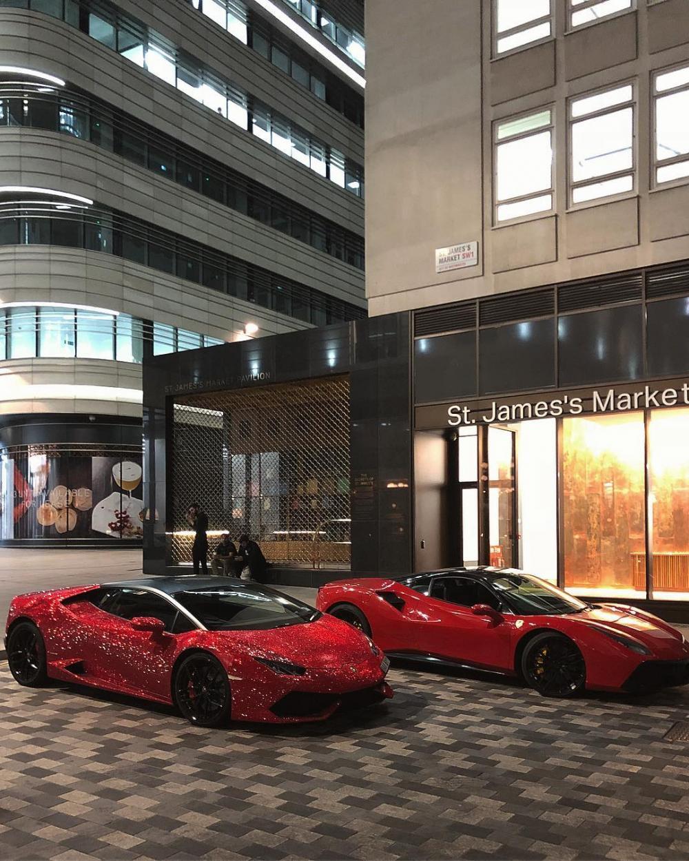 Siêu xe Lamborghini Aventador SV nạm 2 triệu viên pha lê