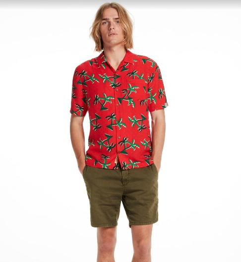 Sự thống trị trở lại của xu hướng áo sơ mi họa tiết nhiệt đới - Hình 1