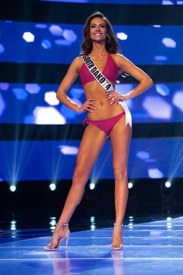 Ngộp thở ngắm thí sinh Hoa hậu Mỹ diện bikini bung lụa hết nấc như thiên thần nội y - Hình 12