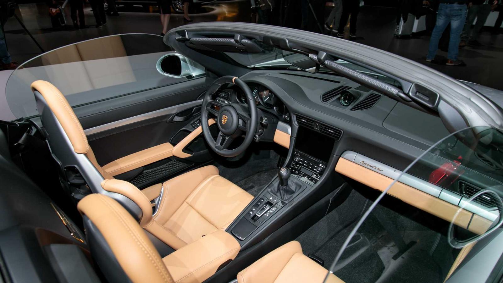 Porsche 911 Speedster 2020 được chốt giá, đắt hơn cả Lamborghini Urus và Huracan - Hình 5