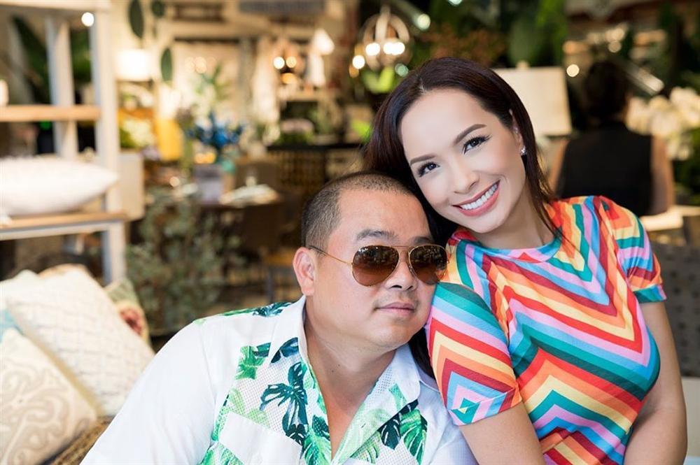 Đăng ảnh Tăng Thanh Hà, Louis Nguyễn không quên thả trái tim yêu thương cho bà xã xinh đẹp - Hình 10
