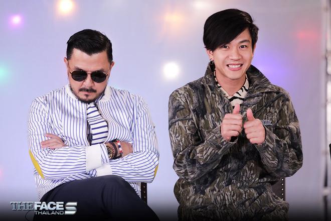 The Face Thailand: Cả làng đều vui khi HLV gốc Việt giữ lại 2 trai đẹp duy nhất - Hình 1