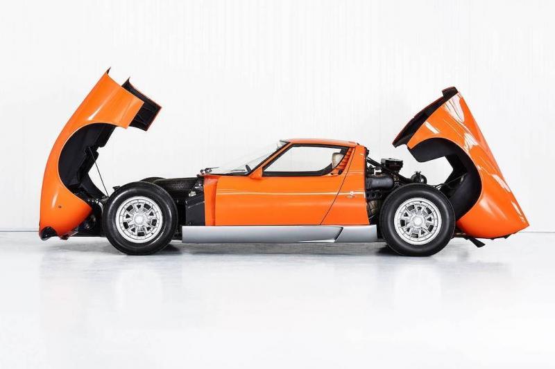 Lamborghini Miura xuất hiện trong bộ phim The Italian Job được phục chế lại như mới - Hình 7