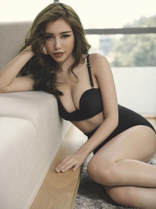 Ngắm vòng 1 nặng trĩu của bà mẹ gợi cảm nhất showbiz Việt - Hình 6