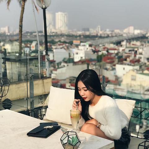 5 địa chỉ thưởng thức cafe tầng thượng, check-in ấn tượng ở Hà Nội - Hình 11
