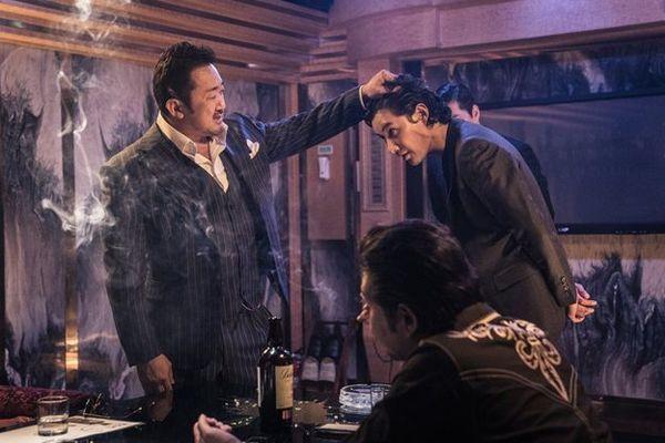 Ông hoàng phòng vé Ma Dong Seok trở lại với vai đầu gấu trong phim mới Trùm, cớm và ác quỷ - Hình 6