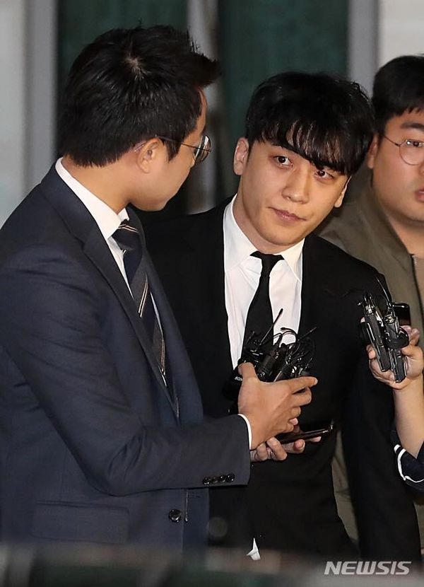 Seungri & Yoo In Suk tiếp tục bị cáo buộc trong nhiều trường hợp môi giới mại dâm - Hình 2