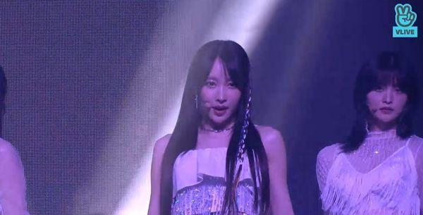 Showcase cuối cùng của EXID dưới trướng Banana Culture: Các thành viên bật khóc khi thể hiện ca khúc tạm biệt người hâm mộ - Hình 2