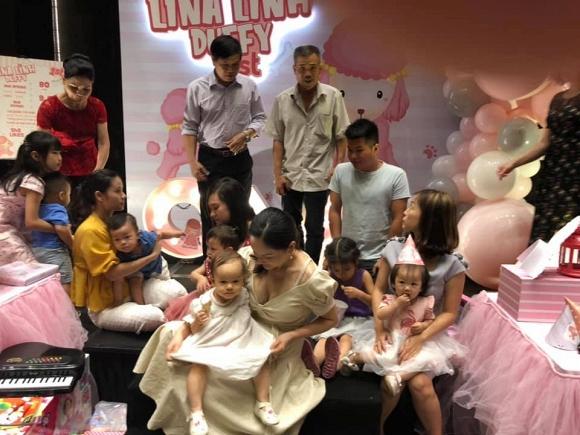 Vợ chồng Lan Phương tổ chức sinh nhật cho con gái tại một khách sạn sang trọng - Hình 11