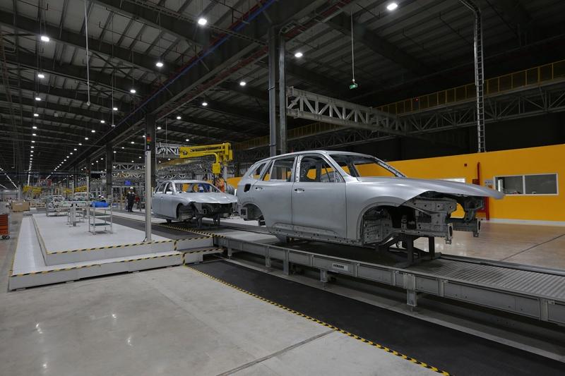 Đột nhập nhà máy ô tô VinFast sản xuất Lux SA2.0, Lux A2.0 - Hình 6