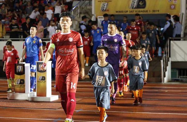 Học trò ông Park ký hợp đồng 9 tỷ với đội của HLV Chung Hae Soung - Hình 1