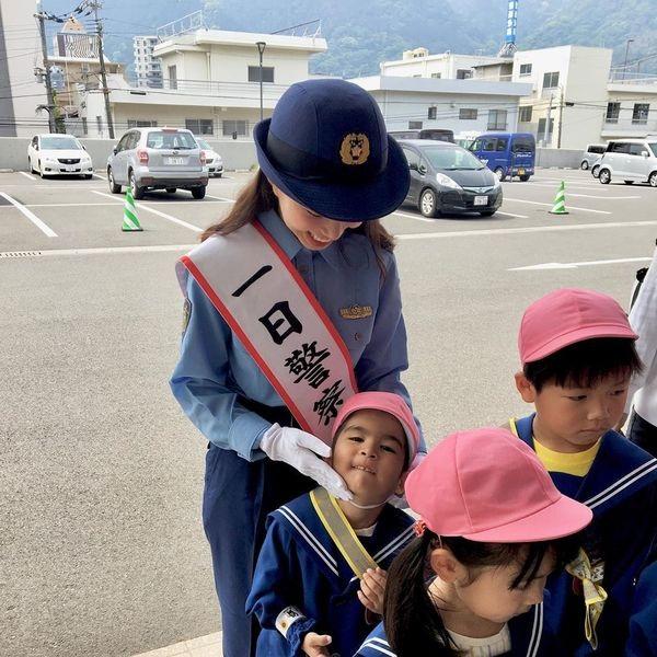 Hot girl Mẫn Tiên nhận bằng khen của chính phủ Nhật Bản sau trải nghiệm làm cảnh sát trưởng - Hình 2