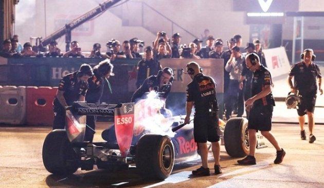Mãn nhãn màn khuấy động đua xe F1 tại Hà Nội - Hình 5