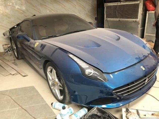 Siêu xe Ferrari California T sang chảnh hơn trong xiêm y mới sau thời gian dài phủ bụi - Hình 8