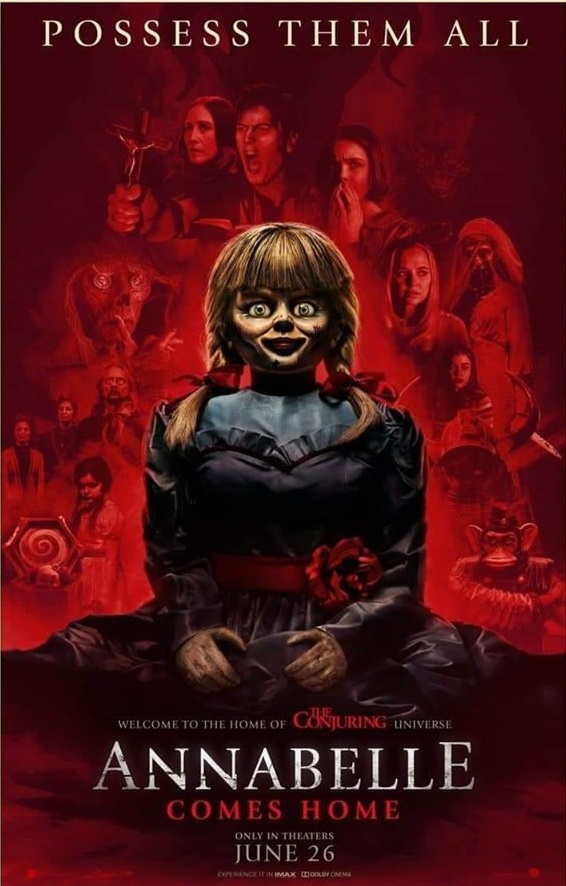 Annabelle Comes Home tung poster mới toanh, cư dân mạng trêu chọc vì quá giống phim siêu anh hùng - Hình 1