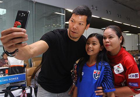 ĐT Thái Lan đón tin vui từ Chanathip - Hình 6