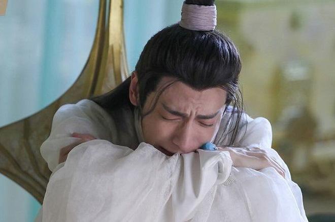 Khi nam thần Hoa ngữ khóc đến quên trời quên đất: Đặng Luân khóc thành mắt hai mí, Hoàng Cảnh Du rơi cả nước miếng - Hình 2