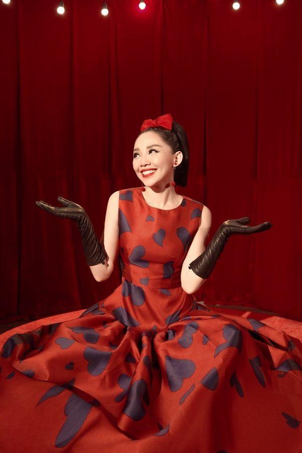Những MV của Tóc Tiên: Từ biểu tượng gợi cảm của showbiz đến cô nàng dễ dàng lấy nước mắt khán giả - Hình 8