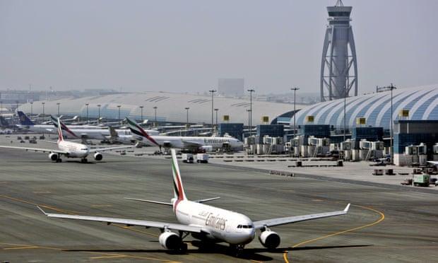 Rơi máy bay hạng nhẹ ở Dubai, 4 hành khách thiệt mạng - Hình 1
