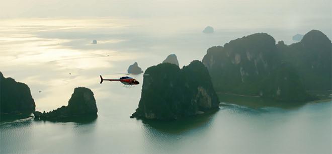 Thưởng ngoạn cảnh đẹp vịnh Hạ Long từ trực thăng - Hình 5