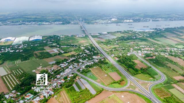 Toàn cảnh cây cầu dây văng dài nhất Vùng Đồng bằng Sông Cửu Long 5.700 tỷ đồng sẽ được thông xe ngày 19/5 - Hình 11