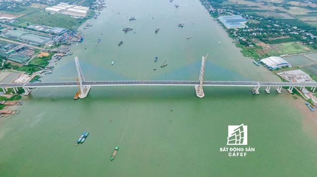 Toàn cảnh cây cầu dây văng dài nhất Vùng Đồng bằng Sông Cửu Long 5.700 tỷ đồng sẽ được thông xe ngày 19/5 - Hình 6