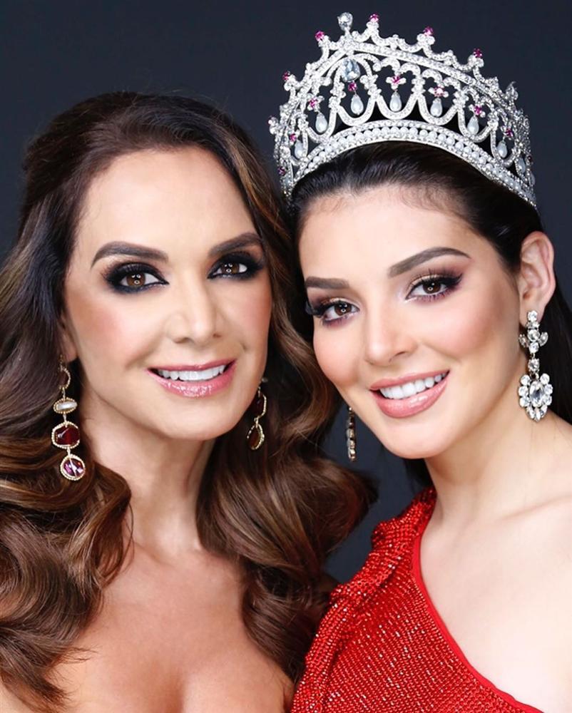 Bản tin Hoa hậu Hoàn vũ 18/5: Võ Hoàng Yến chặt đẹp từ Pia tới Hoàng Thùy với thời trang mặc cũng như không - Hình 5