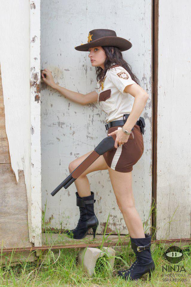 Cosplay Rick Grimes nữ cảnh sát phiên bản mới - Hình 7