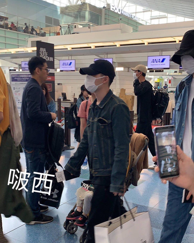 Hội bạn tài tử sang Nhật du lịch: Lee Kwang Soo ân cần bảo vệ D.O., Kim Woo Bin nổi bần bật bên Jo In Sung - Hình 7