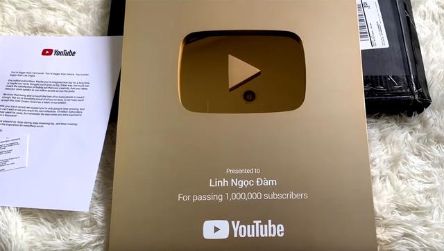 Linh Ngọc Đàm hớn hở khoe nút vàng Youtube mới toanh, đánh dấu một trang mới trong sự nghiệp - Hình 3