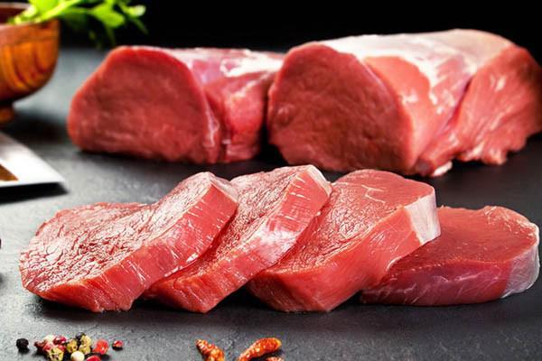Mẹo chọn thịt bò tươi ngon, không nhầm lẫn với thịt lợn tẩm màu thực phẩm - Hình 2