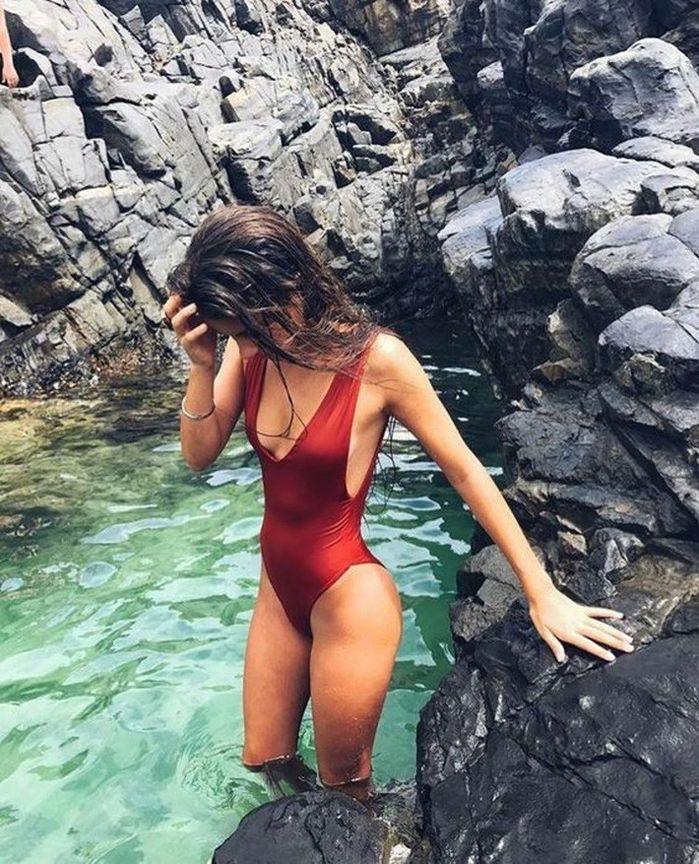 Mùa hè có đi biển thì nên nghía qua 7 mẫu bikini hot này, nhìn thôi là muốn ôm hết về nhà - Hình 13