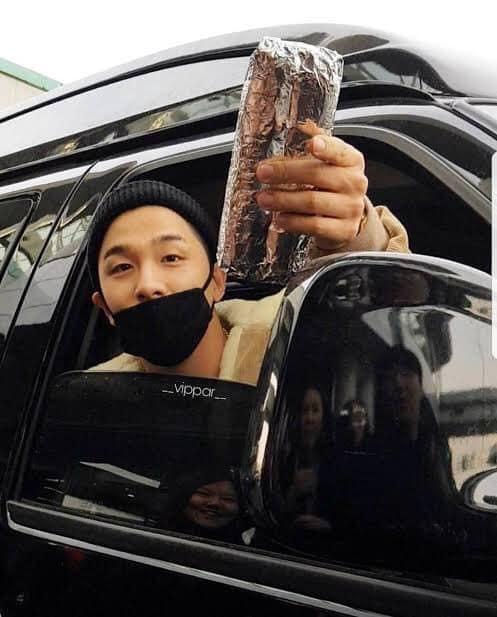 Mừng sinh nhật tuổi 32 của Taeyang: Mặt trời trong lòng Big Bang và V.I.P - Hình 13