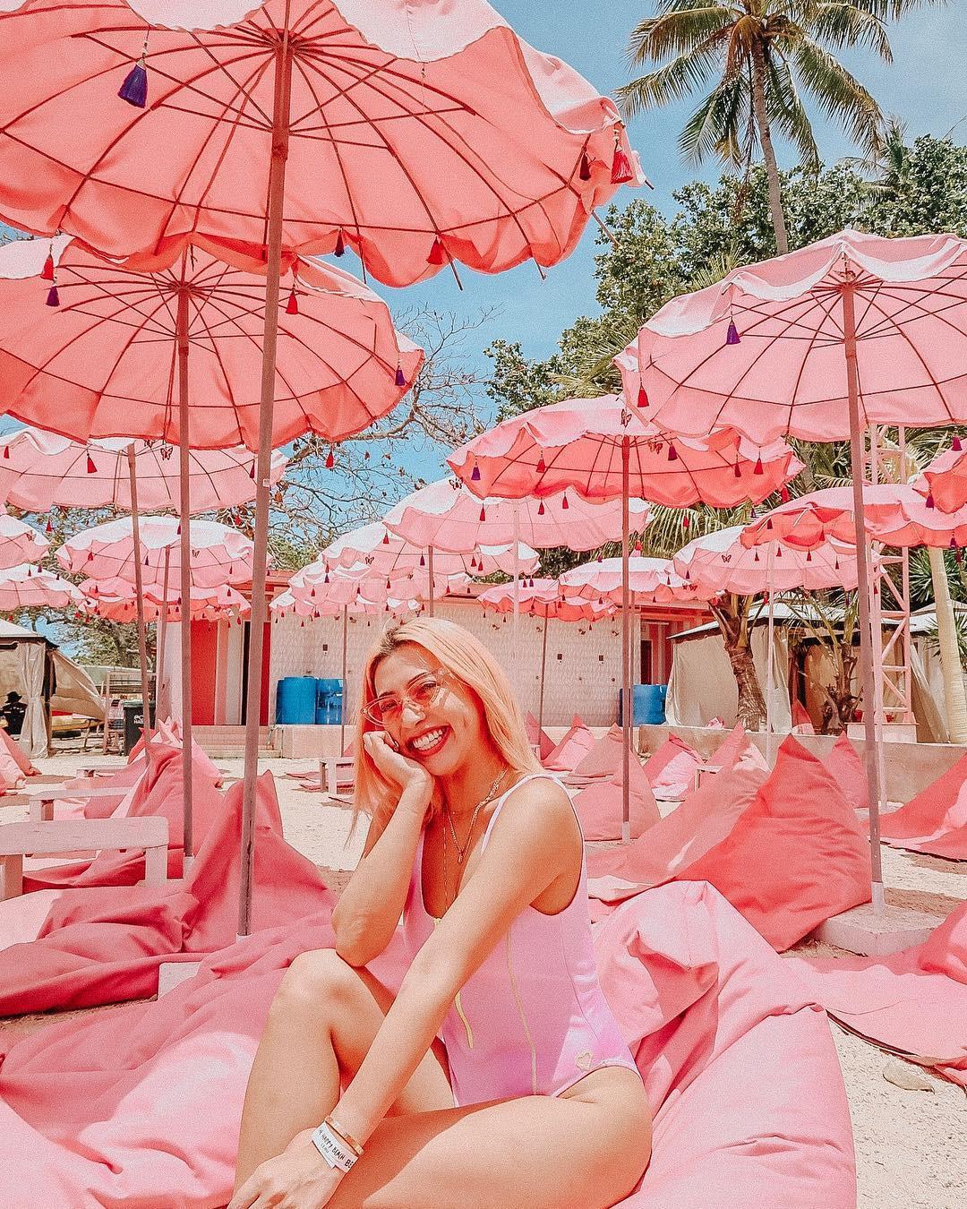 Ngất lịm với hàng trăm góc sống ảo xịn xò tại công viên phao nổi 7 sắc cầu vồng nổi tiếng nhất Philippines - Hình 9