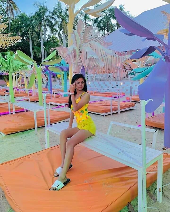 Ngất lịm với hàng trăm góc sống ảo xịn xò tại công viên phao nổi 7 sắc cầu vồng nổi tiếng nhất Philippines - Hình 16