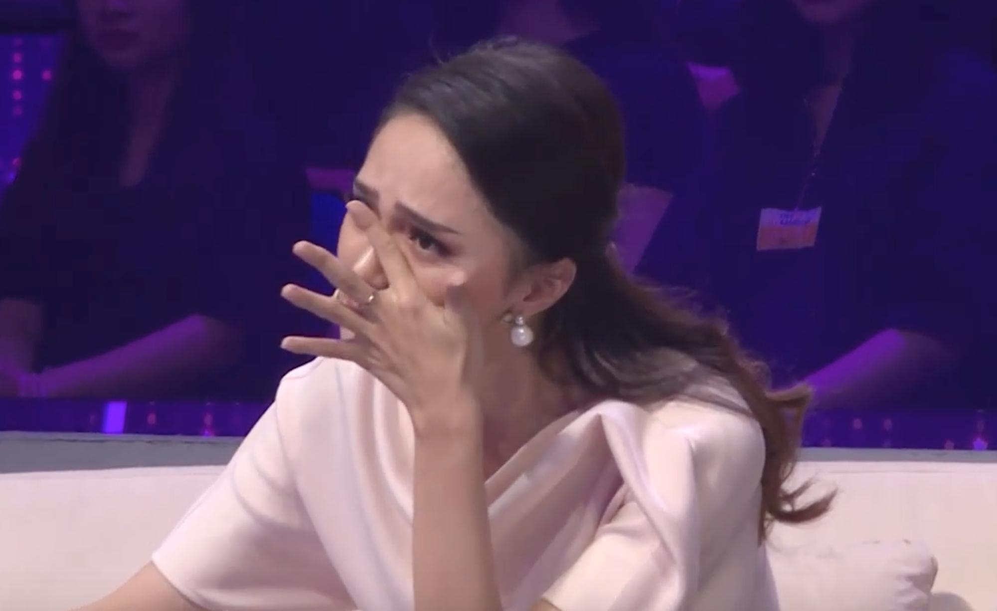 Người ấy là ai tập 5: Chưa bao giờ Hương Giang khóc nhiều và nghẹn đến thế khi chứng kiến màn come out này! - Hình 4