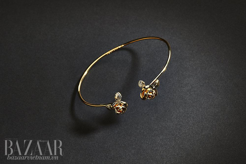 Prada lần đầu tiên tung ra bộ trang sức cao cấp bằng vàng thật - Hình 7