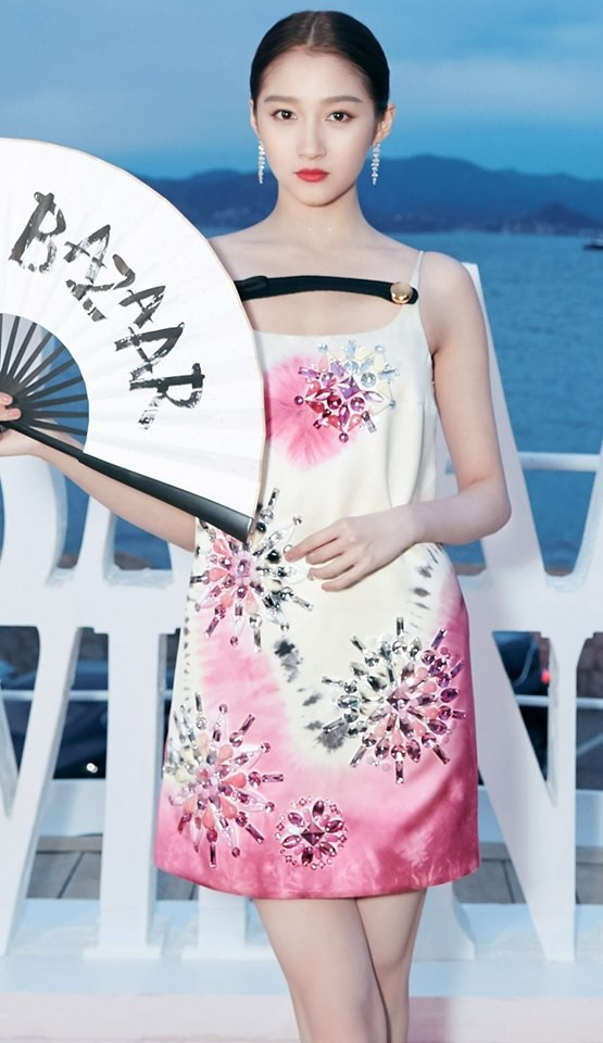 Sự kiện bên lề Cannes: Ming Xi - Sui He cạnh tranh sắc vóc khốc liệt, Lưu Đào - Quan Hiểu Đồng chẳng chịu lép vế - Hình 22