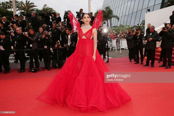 Thảm đỏ Cannes 2019 ngày 4: Sao Thái đọ sắc Hoa ngữ, Chompoo Araya hay Quan Hiểu Đồng nổi bật? - Hình 3