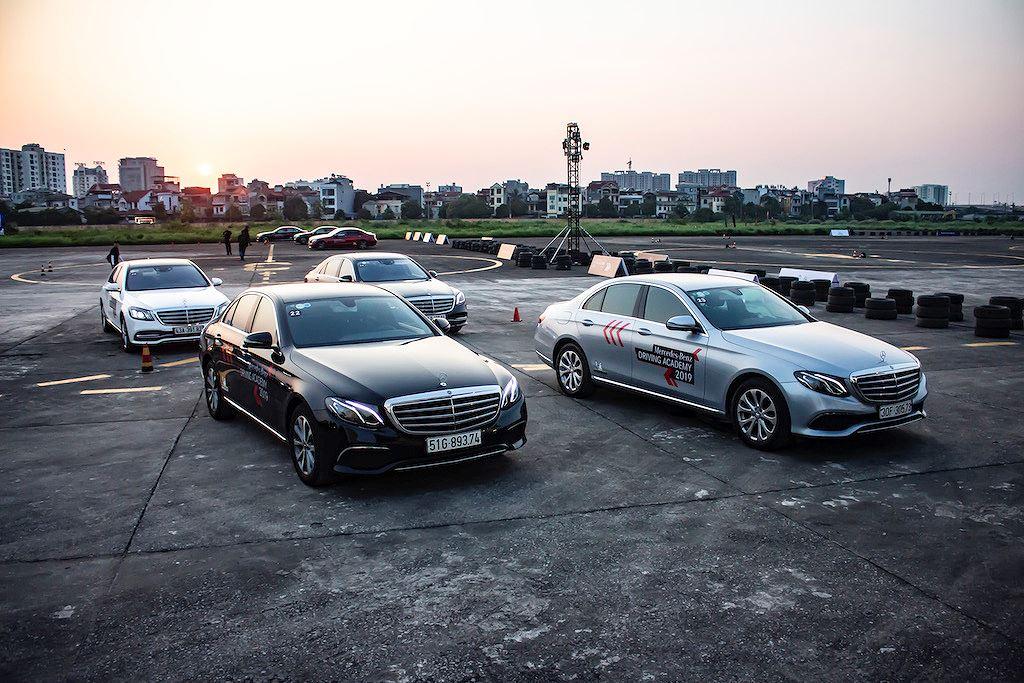 Tới Mercedes-Benz Driving Academy 2019, phải thử bài tập chưa từng có này! - Hình 2
