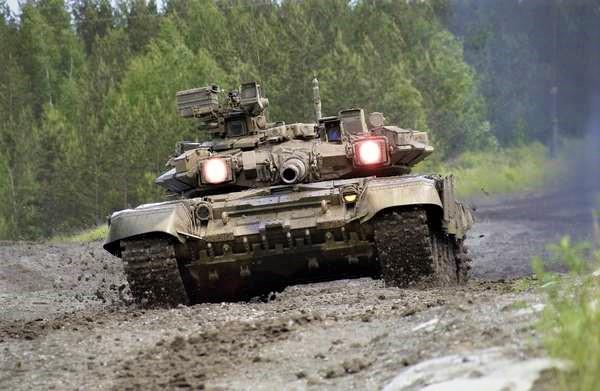 Vì sao T-90 giúp xe tăng Nga làm nên danh tiếng? - Hình 1