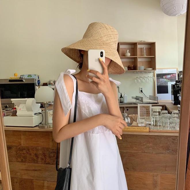 Việc lên đồ ngày nóng chẳng còn là cực hình với 10 gợi ý váy vóc max xinh và mát rười rượi này - Hình 2
