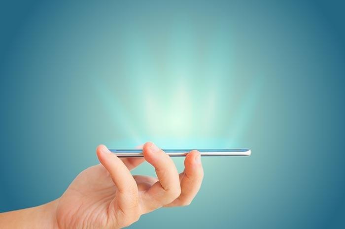 Ánh sáng xanh từ điện thoại có thể gây nám và mụn, áp dụng 3 cách siêu đơn giản này bạn sẽ chẳng phải lo da xấu nữa - Hình 3
