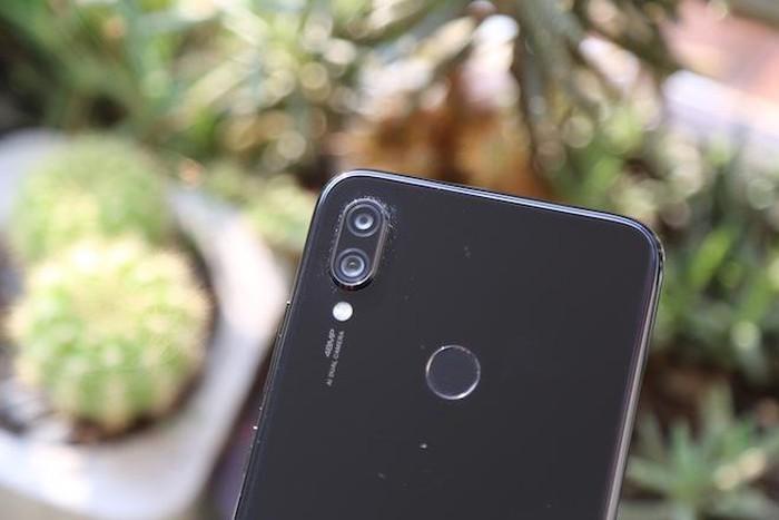 Ảnh thực tế một chiếc Redmi Note 7 - dòng điện thoại đầu tiên của Xiaomi bay vào vũ trụ - Hình 2